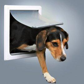 Trixie FreeDog Врезная дверца для кошек и собак средних пород (3878)
